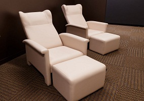 Takamatsu No.2 Data Center CAFETERIA RECLINING CHAIR