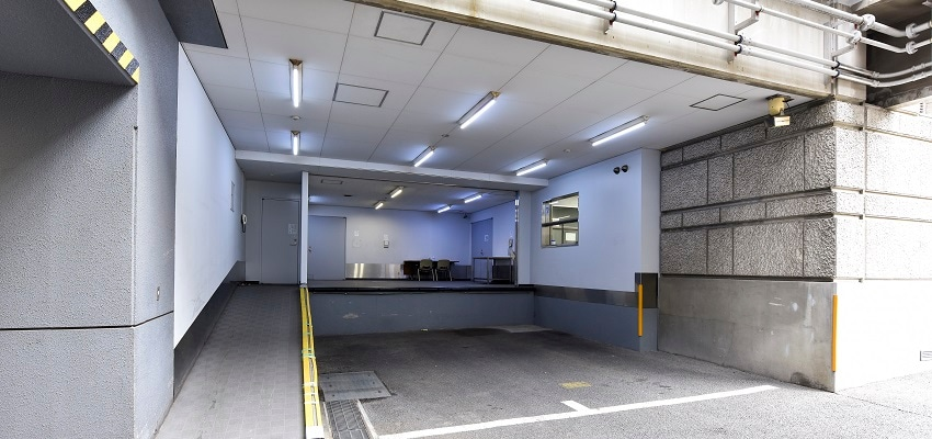 Tokyo No.9 Data Center LOADING BAY